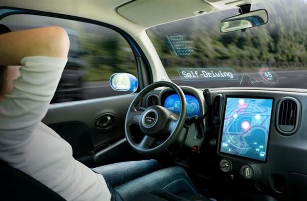 美国交通部将重新规划无人驾驶汽车安全标准