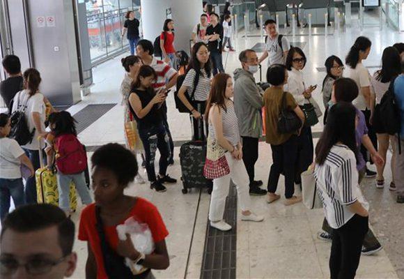 突破8万人次 高铁香港西九龙站口岸客流量再创新高