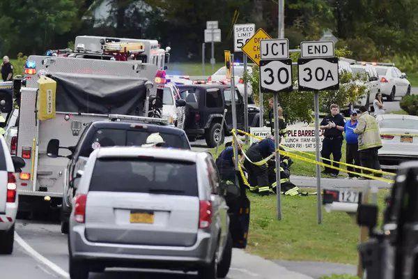 美国纽约发生一起交通事故 已致20人遇难