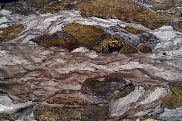 内蒙古赤峰:滦河源头看秋色 呈现斑斓画卷