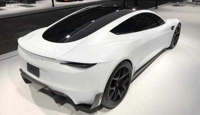 特斯拉新一代Roadster跑车户外照曝光
