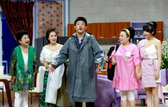 《欢乐饭米粒儿》第六季 孙涛当防汛救灾志愿者