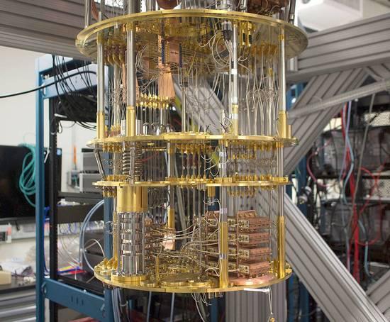 """量子计算机研发20年 刚进入它的""""电子管时代"""""""