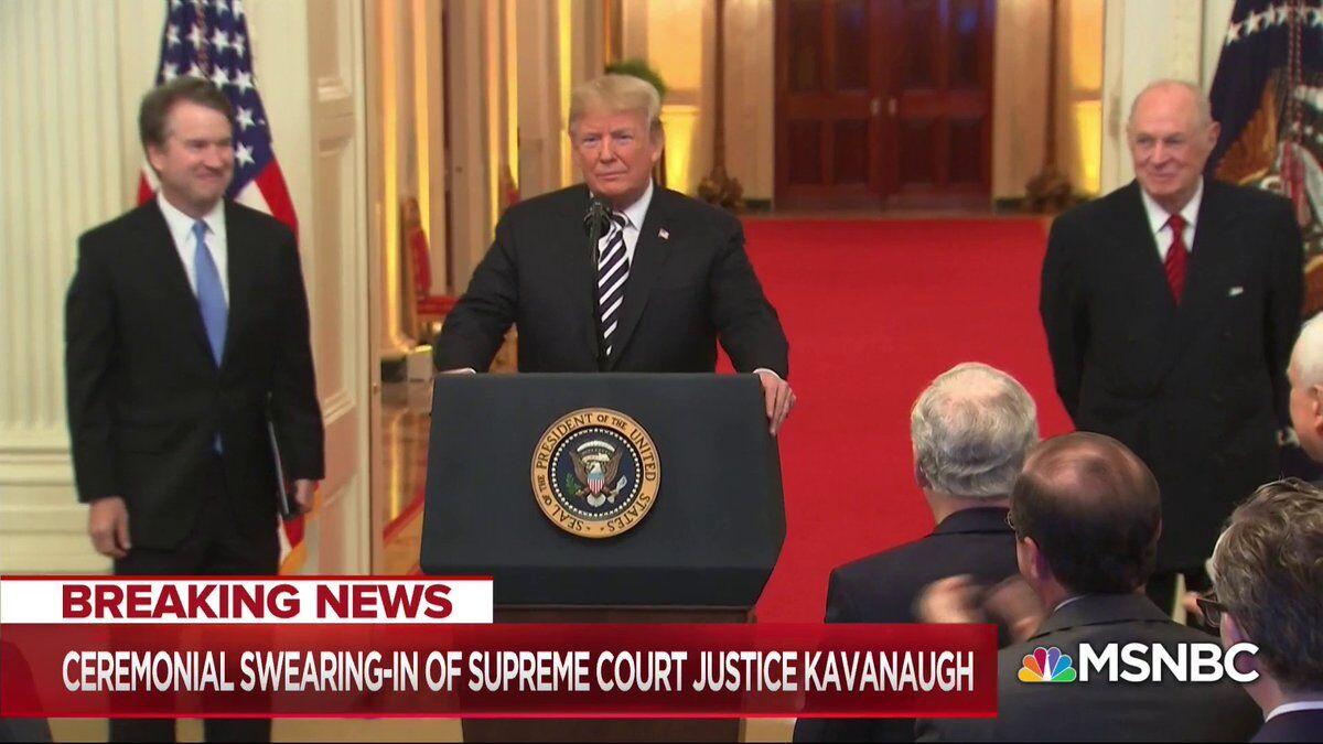卡瓦诺就职美最高法院大法官 特朗普:代表国家向你道歉