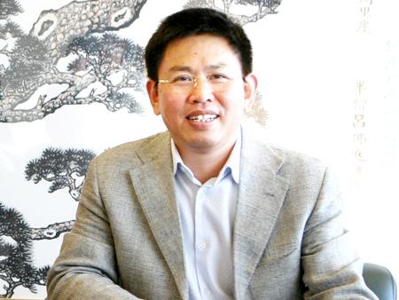 全国工商联常委:张华荣