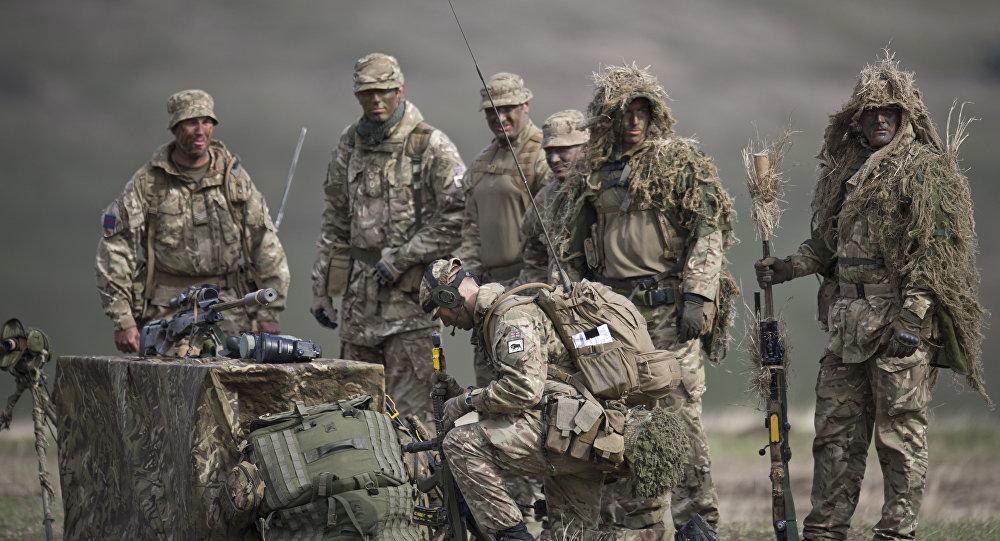 英军在军演中首次动用无人机 演练与俄军作战