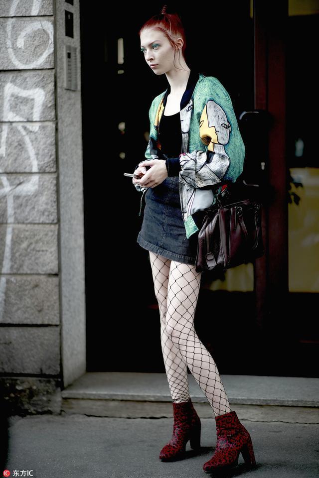 """有胆子穿这双靴子的女人,是""""女魔头""""中的""""女魔头""""啊"""