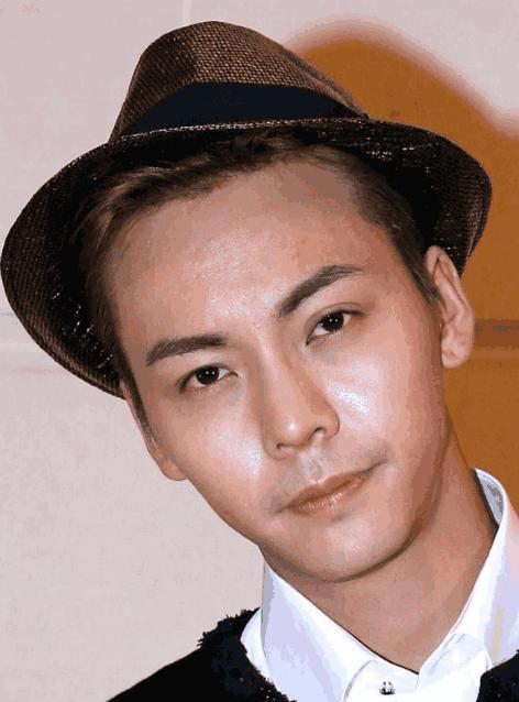 当红流量男星无P图无美颜高清照, 王俊凯很多痘痘, 朱一龙最显老