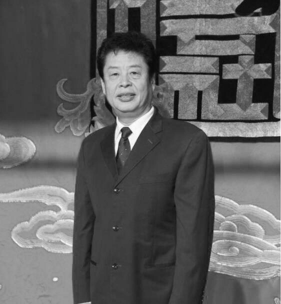 谢天顺告别式已于8日举行 丧事从简郭德纲送花圈