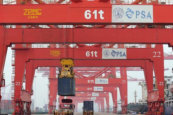 连云港港前三季度完成货物吞吐量1.77亿吨