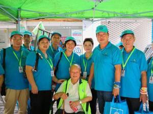 """91岁老人做""""环保终身志愿者"""""""