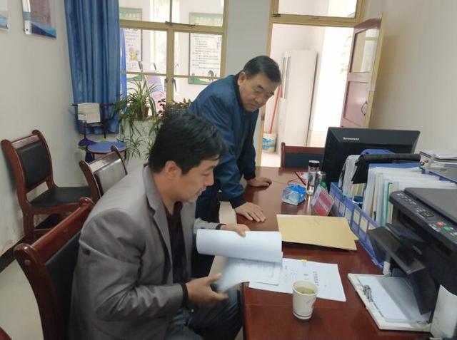 白银区司法局督查组来强湾司法开展社区矫正专项督查活动