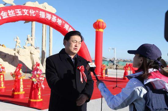 新疆二道桥文化旅游集团董事长栾立新接受新疆电视台专访。