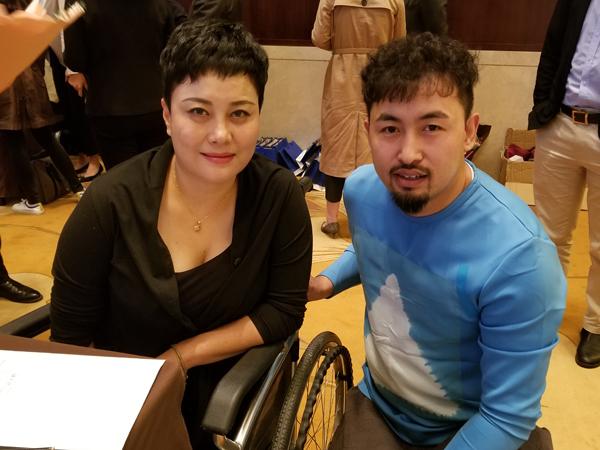 励志电影《险而亦静》签约仪式在济南举行