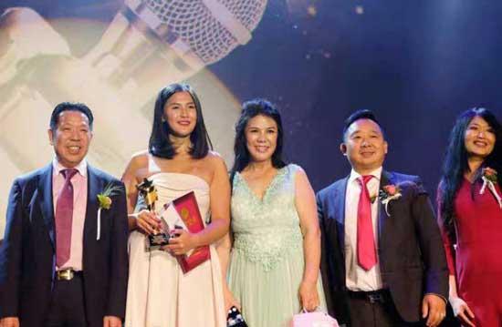 2018欧洲华人歌唱大赛在荷兰举办 匈牙利参赛歌手陈艺捷夺冠