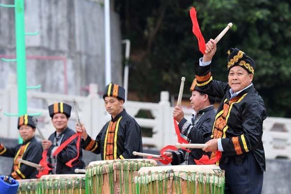 广西灵山:烟墩大鼓敲响乡村文化振兴鼓点