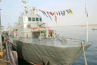 伊朗展示最新导弹艇 装备中国产C802反舰导弹