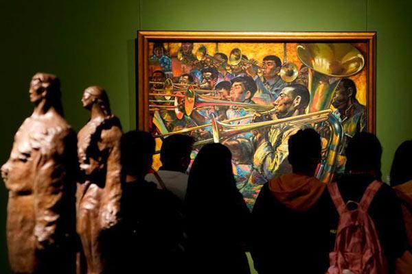 中国美术馆庆祝改革开放40周年系列展吸引观众参观