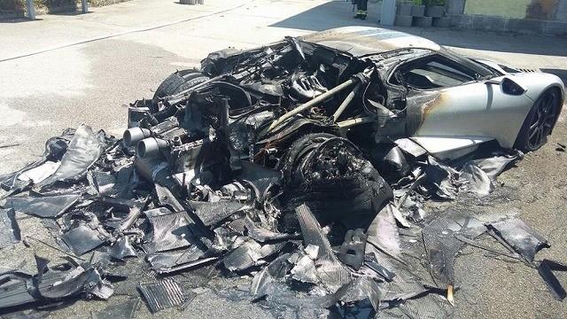 福特宣布召回几乎全部GT超跑 找到起火原因