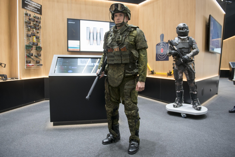 俄军开始测试外骨骼系统 正开发新型动力外骨骼