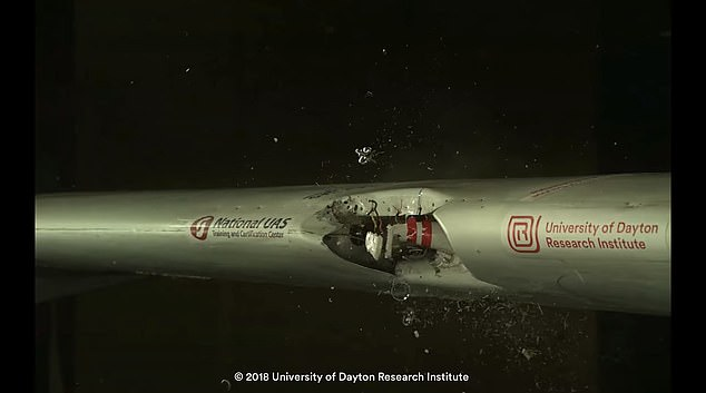 美国科学家证实无人机撞毁喷气式客机是可行的