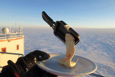 """南极大陆极端低温 鸡蛋面条成""""速冻食物"""""""