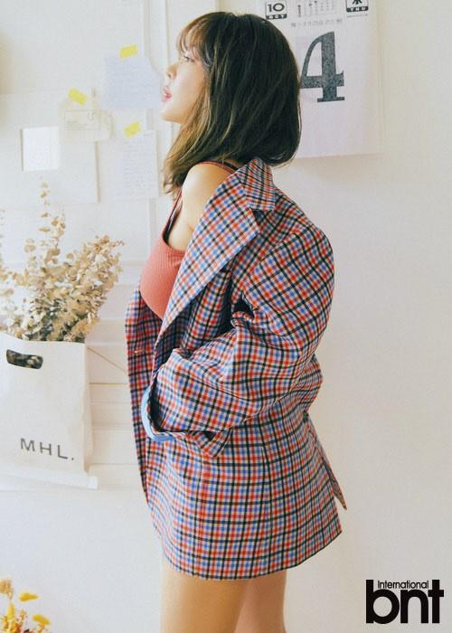 组图:韩星Narsha拍时尚写真 曝BrownEyedGirls将重组复出