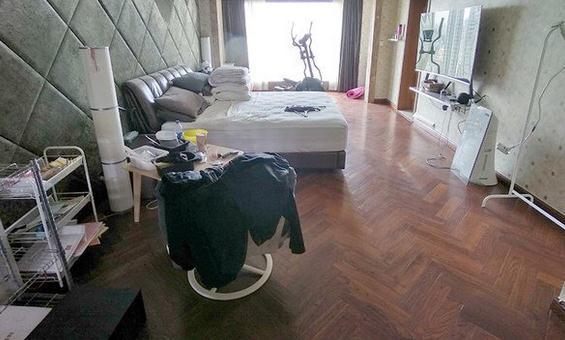 """富商在家自缢身亡,南京市中心""""凶宅""""降160万拍卖"""