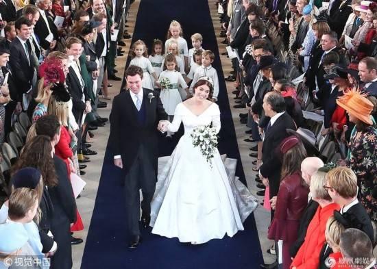 英女王孙女大婚 乔治小王子当花童抢镜