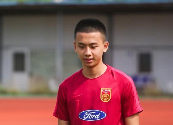 国足U17红队61人集训名单:黎腾龙在列 恒大6将