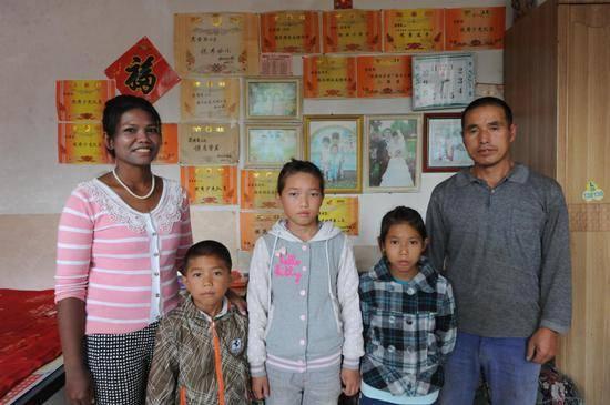 19岁外籍女嫁36岁中国男子 放牛挖药材还一口方言