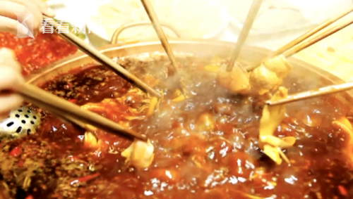 IT男入秋后频繁吃火锅 出现便血、肛门坠胀