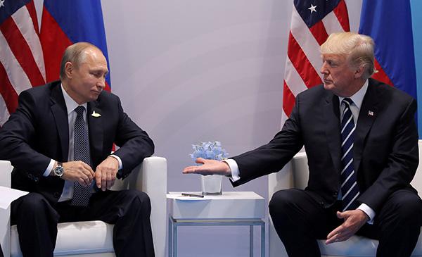 """主持人设套""""普京参与谋杀和投毒了吗?"""",特朗普:或许有关"""
