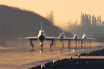 空军西安飞行学院新飞行员首次单飞训练