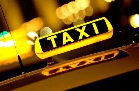 应聘出租车替班司机要小心 有人冒充车主来骗钱