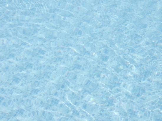 从墨西哥海滩到冰岛山谷,全世界最酷的游泳池一次集齐