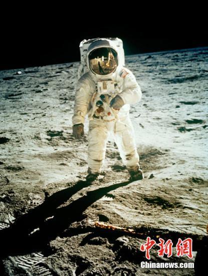 花巨资不只为看月球,为什么富豪都爱砸钱给太空?