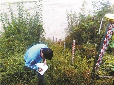 堰塞湖过流洪峰进入丽江 近千群众紧急转移