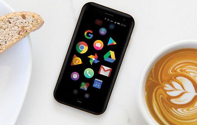 3.3英寸卡片手机Palm归来 可用于抑制手机成瘾