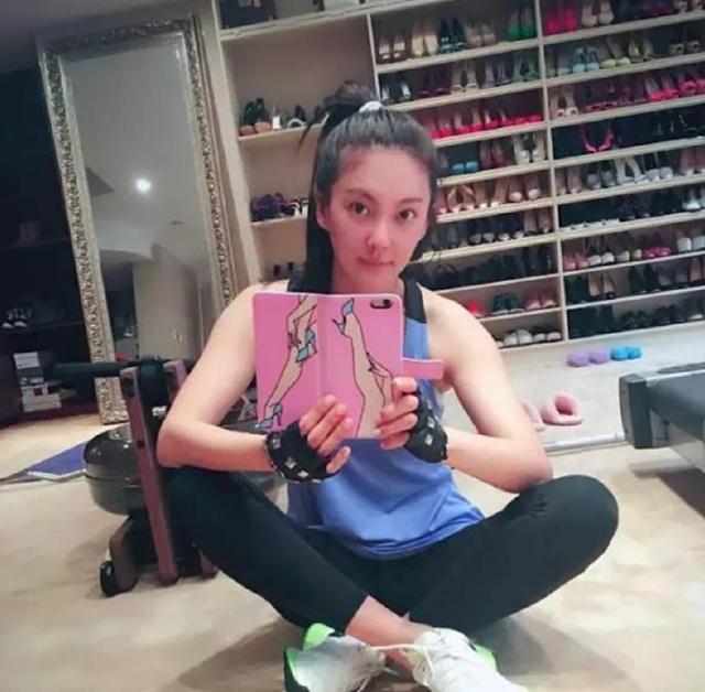 爱鞋如命!罗志祥收藏鞋子数量高达5000双,价钱加起来都能买豪车