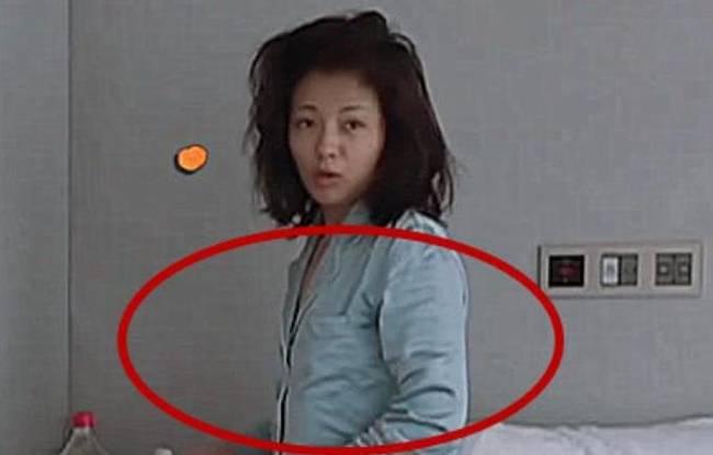 刘涛素颜起床照曝光 发量惊呆了!!!