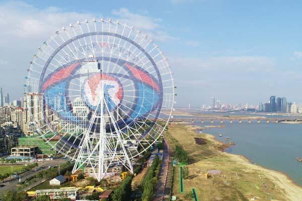 """""""VR南昌之眼""""摩天轮主题画正式亮相 直径达126米"""