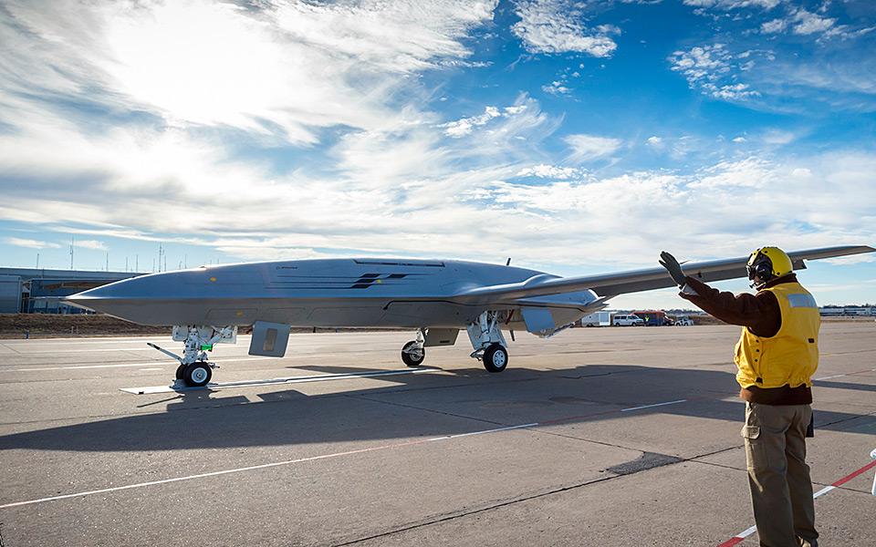 美媒:美航母迎来福音 能反制中国反航母导弹