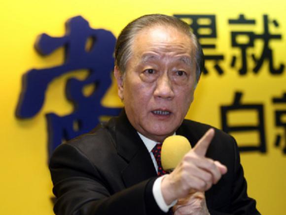 郁慕明:有解放军做后盾,就不会有人敢来欺负台湾民众!