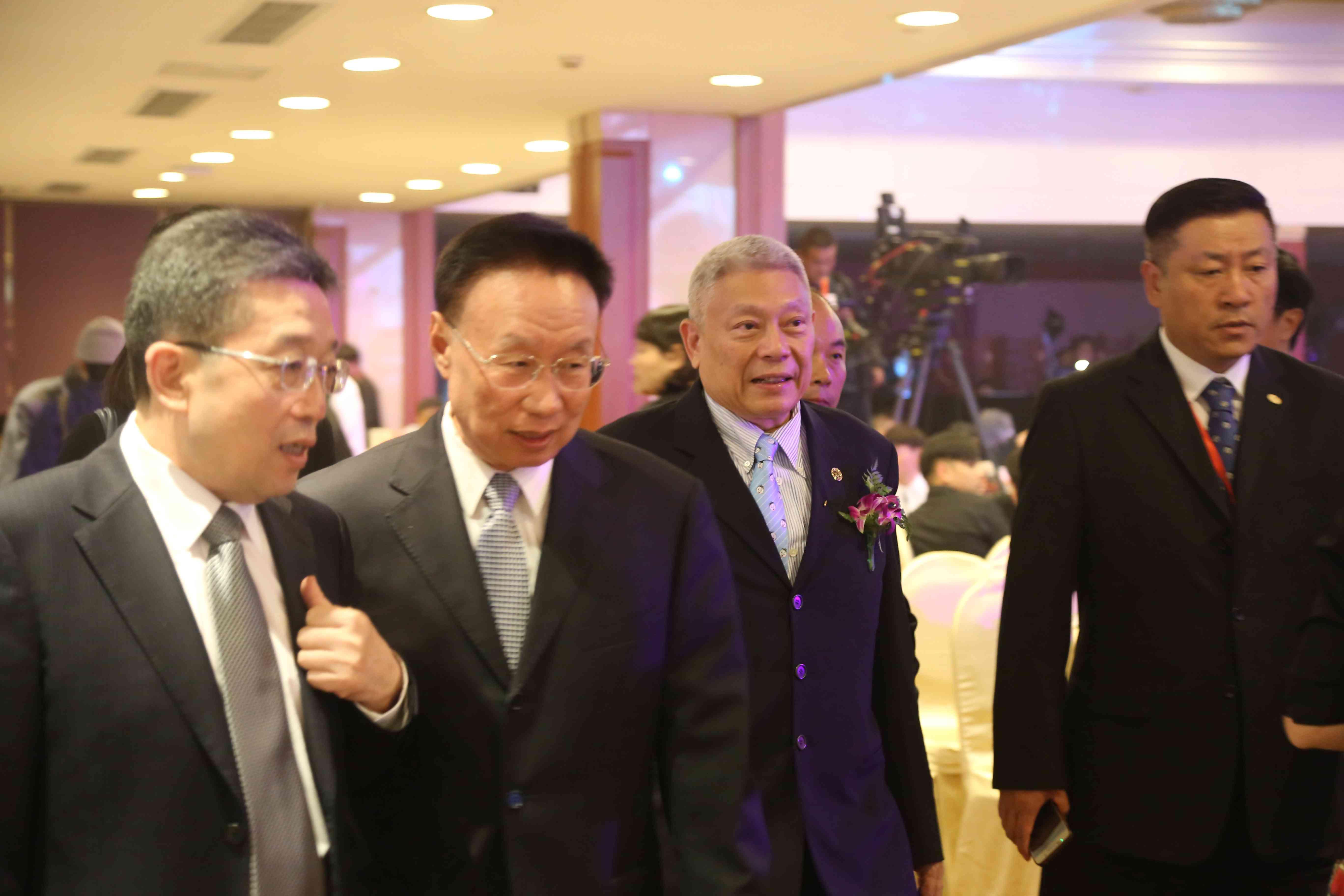 中美关系紧张 旺旺集团董事长吁两岸团结,喊话台民众:不要