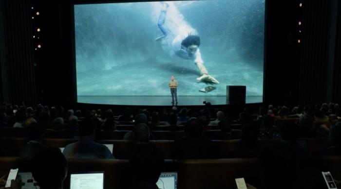 iPhone XS进水损坏引争议 专家:涉嫌虚假广告