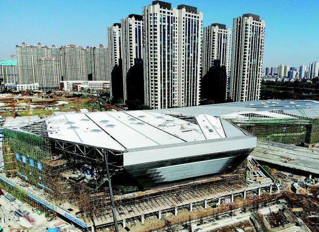 滨河体育中心主体造型全新亮相
