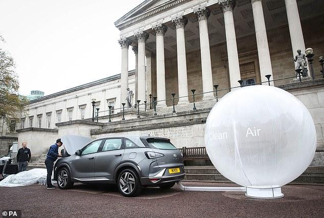 现代氢能SUV亮相伦敦街头 还极具净化空气能力