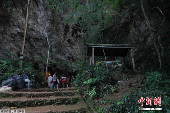 泰洞穴救援事件将拍成电影 足球队将获百万美元报酬
