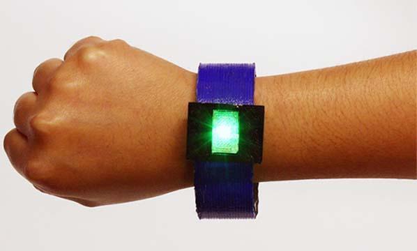 科学家利用3D打印技术制造任意形状的锂离子电池